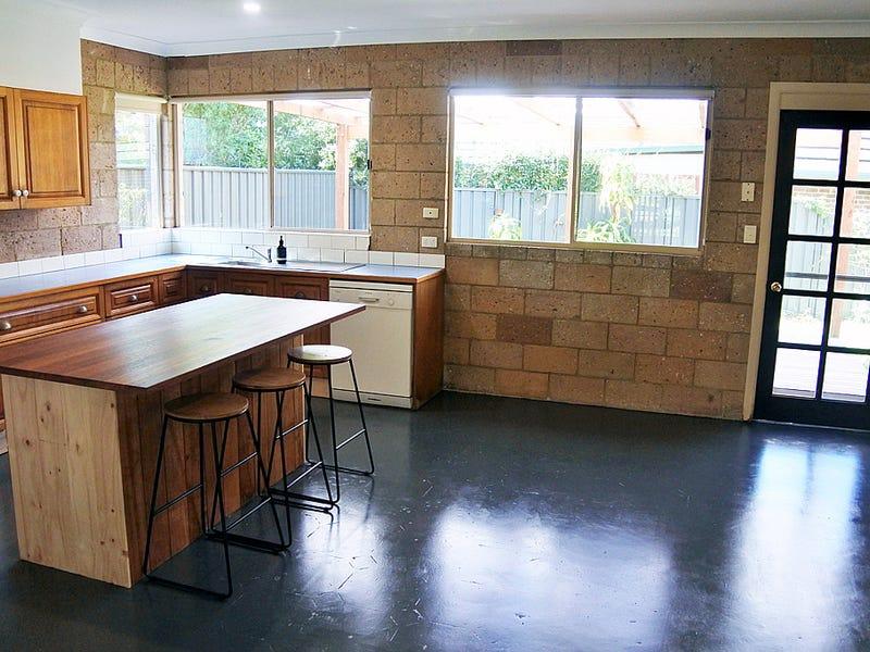 148 Lakes Boulevarde, Wooloweyah, NSW 2464