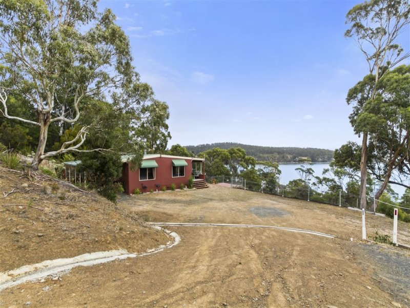 62 & 64 Blyth Parade, Great Bay, Tas 7150