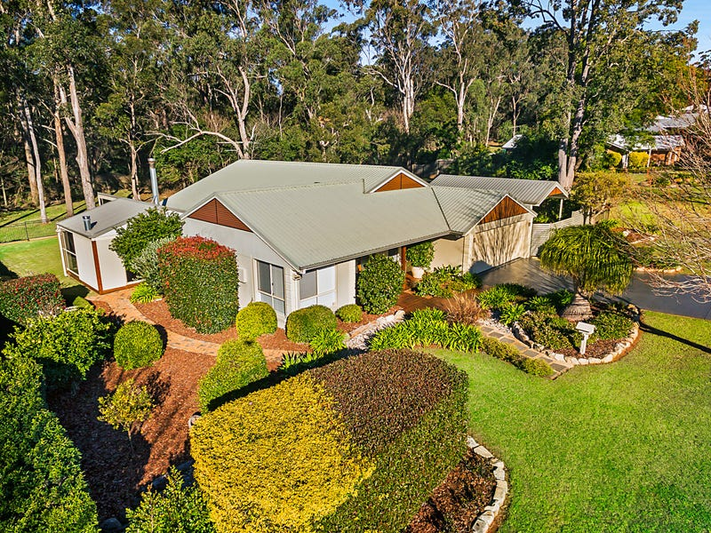10 Griinke Drive, Middle Ridge, Qld 4350