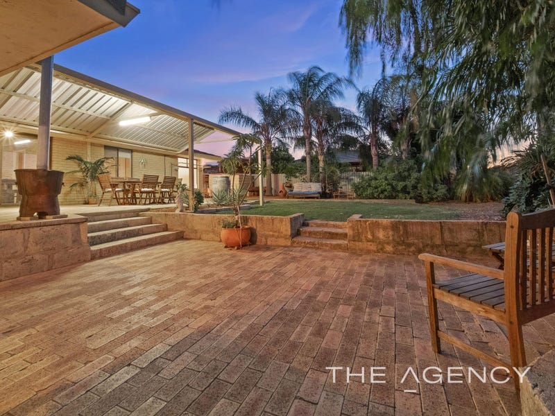 1 Banner Place, Swan View, WA 6056