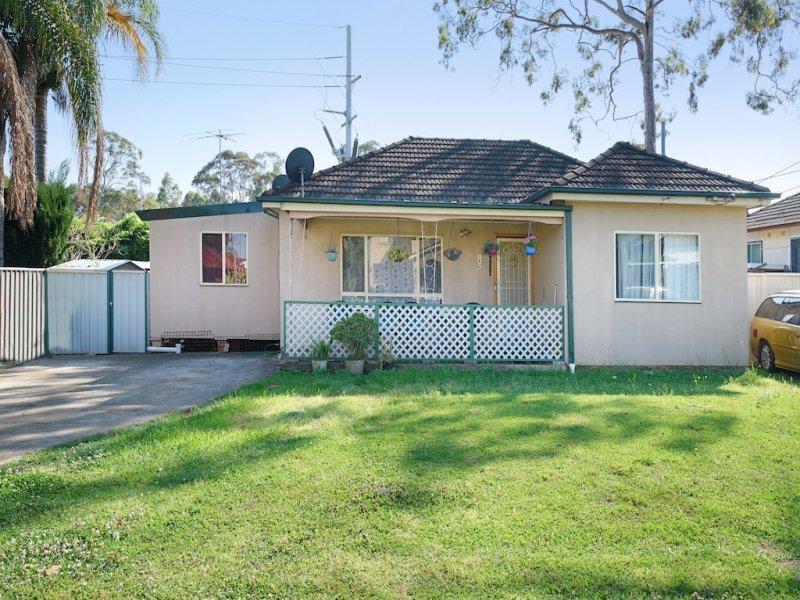 17 Taloma Ave, Lurnea, NSW 2170