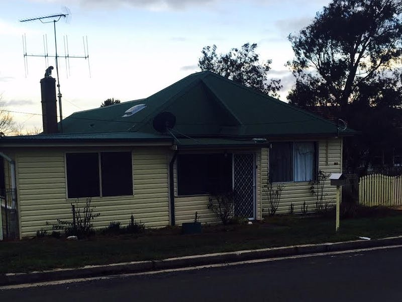 85 Brooklands Street, Crookwell, NSW 2583
