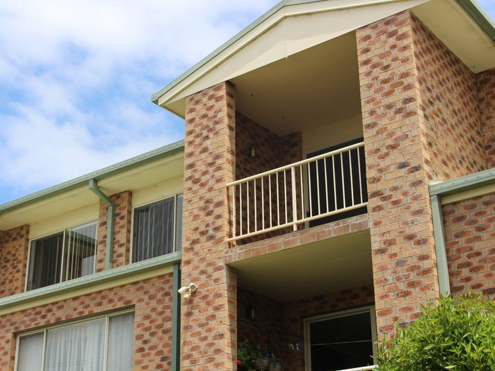 4/6 Corrigan Crescent, Batehaven, NSW 2536