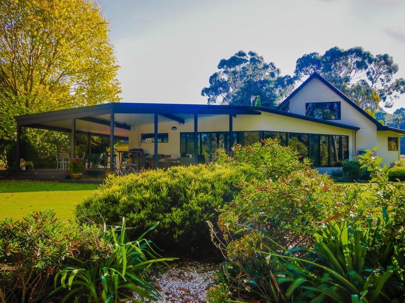 18 Knights Road, West Ulverstone, Tas 7315