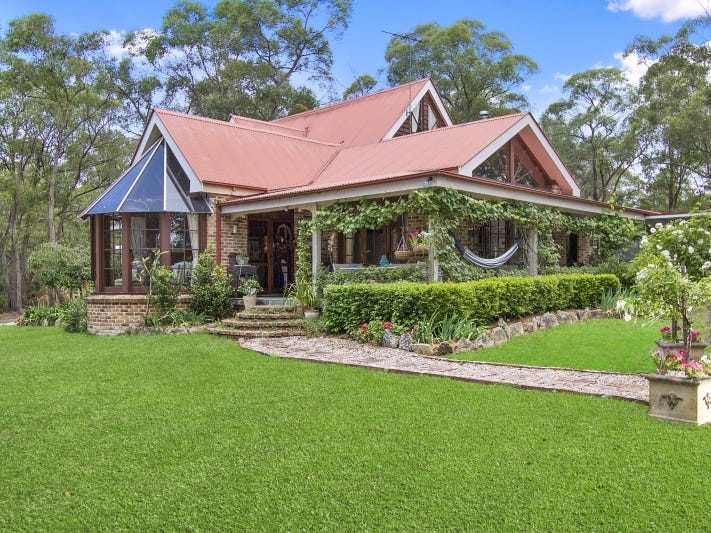 137 Mountain View Close, Kurrajong Hills, NSW 2758