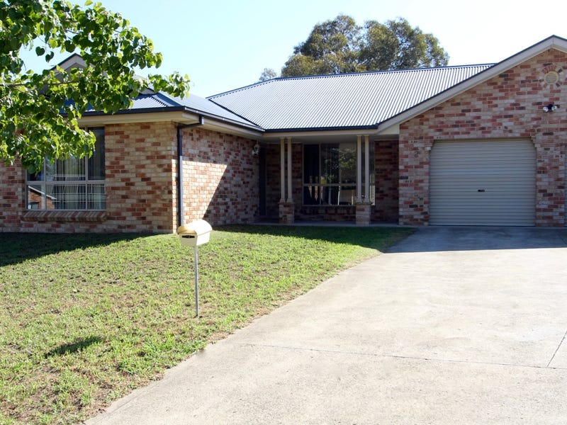 12 Spofforth Place, Kelso, NSW 2795