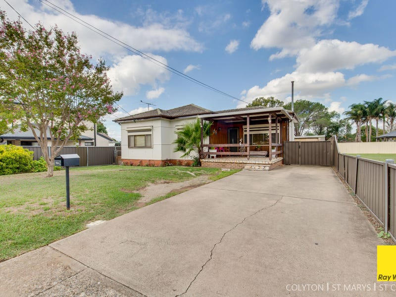 2 Leonard Street, Colyton, NSW 2760