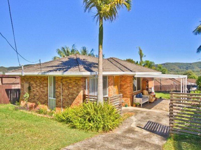 135 Cresthaven Avenue, Bateau Bay, NSW 2261