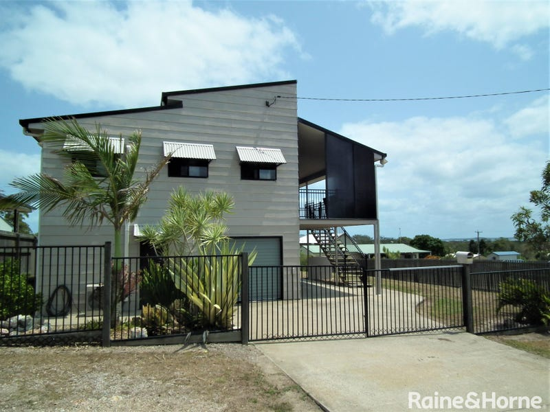 111 Pacific Drive, Booral, Qld 4655