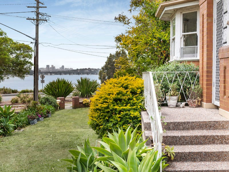 3 First Avenue, Rodd Point, NSW 2046