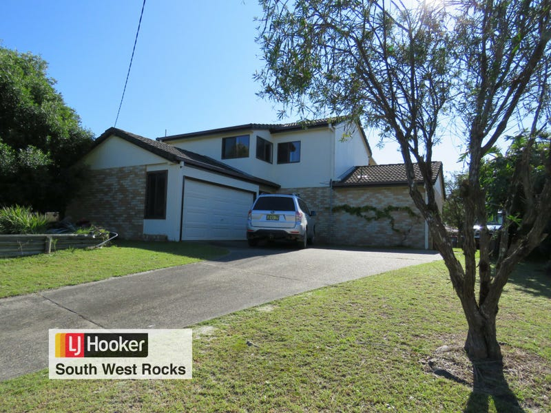 22 Emanuel Crescent, South West Rocks, NSW 2431