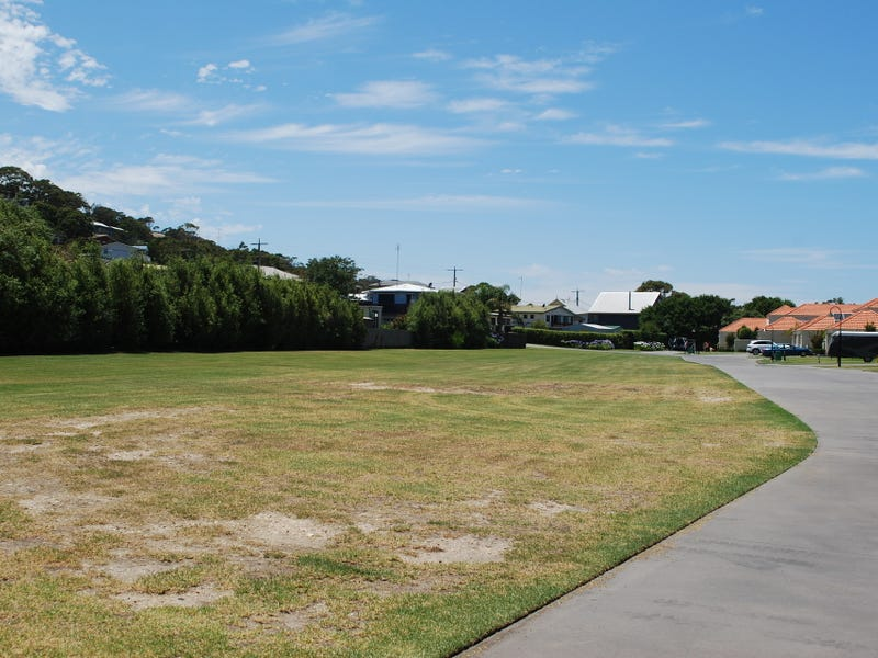 Lot 18 122 Golf Links Road, Lakes Entrance, Vic 3909