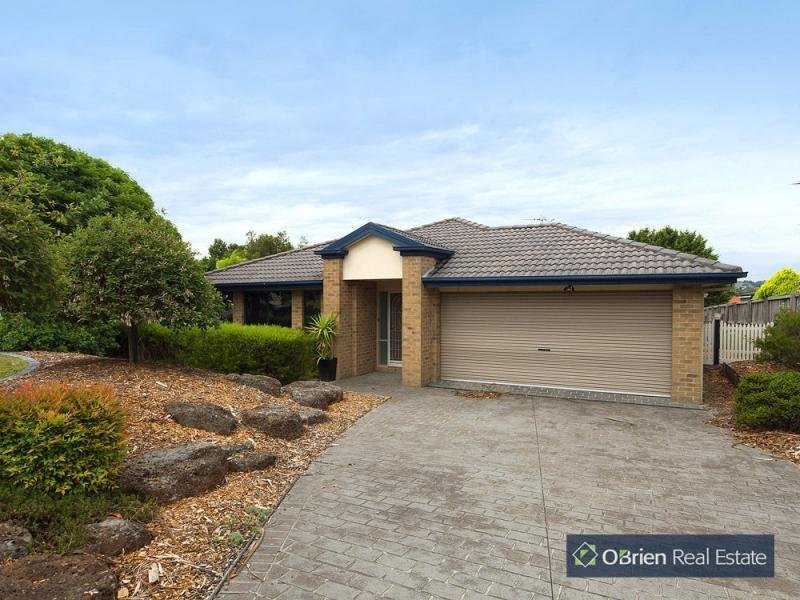 10 Settlers Hill Place, Narre Warren North, Vic 3804