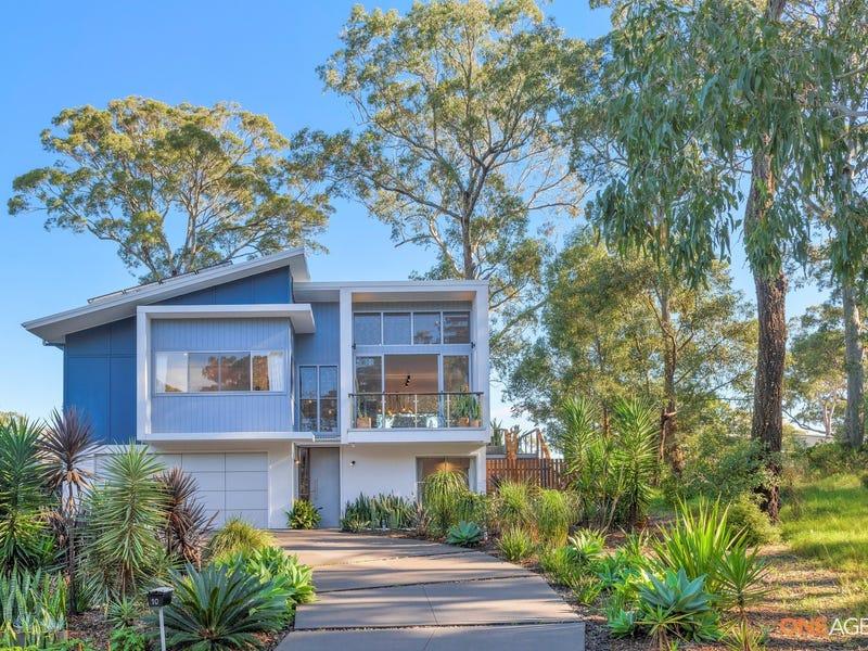 10 Lake Point Way, Murrays Beach, NSW 2281