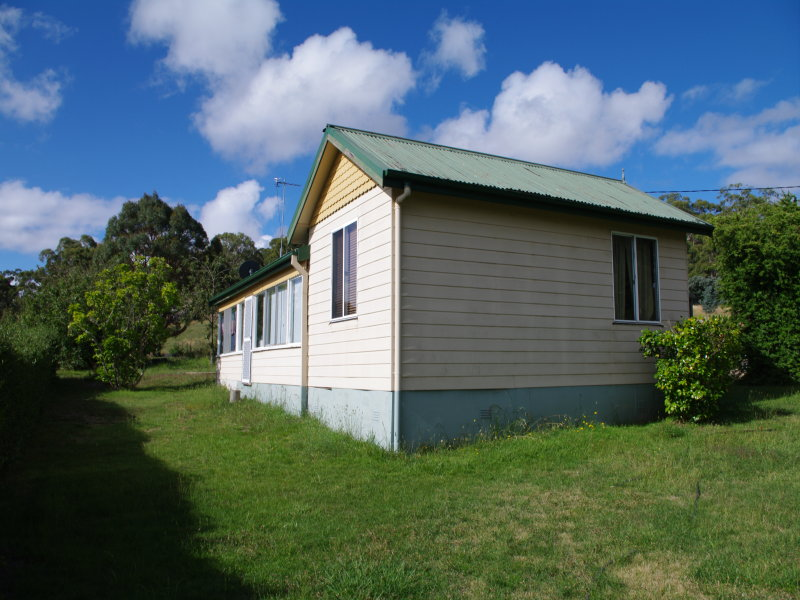3 Keys St, Bombala, NSW 2632