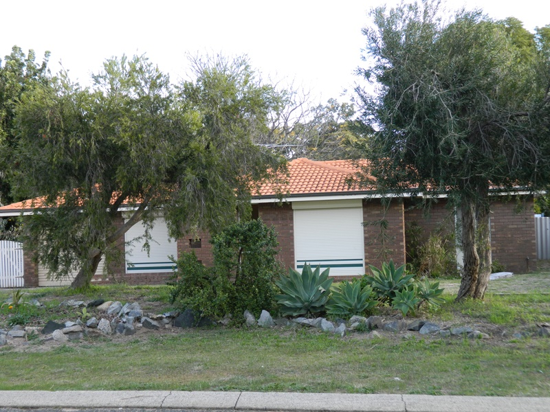 97 Agincourt Drive, Forrestfield, WA 6058