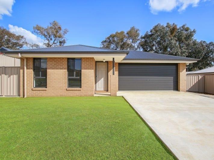17 St Levans Place, Lavington, NSW 2641