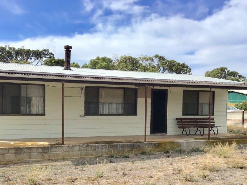 10 Flinders Highway, Elliston, SA 5670
