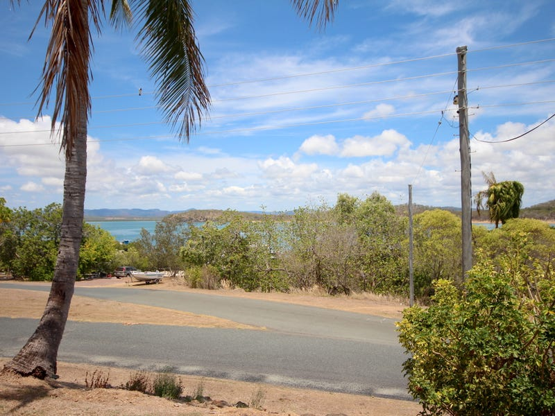 2 Sunset Drive, Sarina Beach