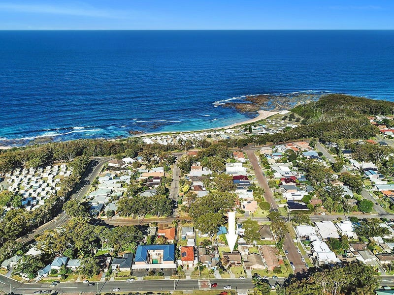18 Bias Avenue, Bateau Bay, NSW 2261