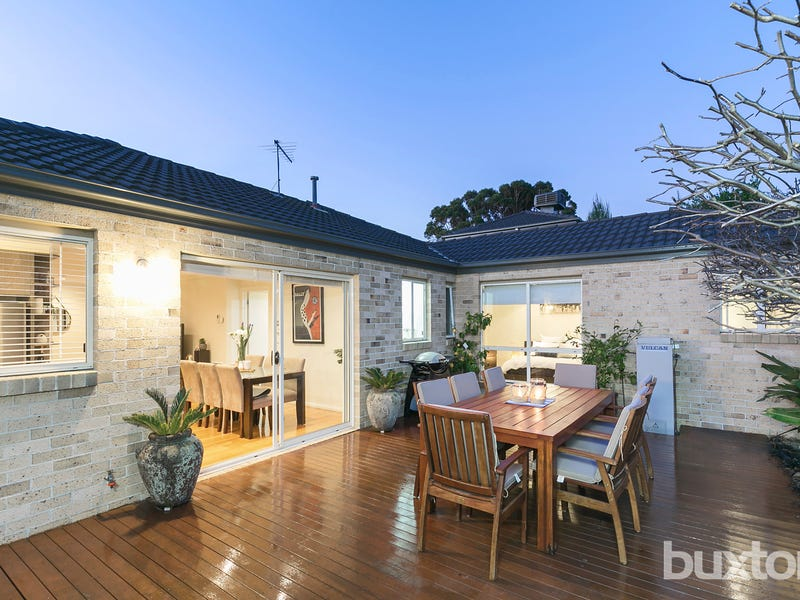 2/10 Millicent Avenue, Carrum, Vic 3197