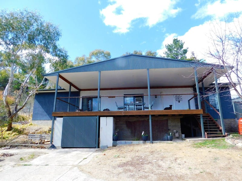 54 Hawkins Street, Cooma, NSW 2630