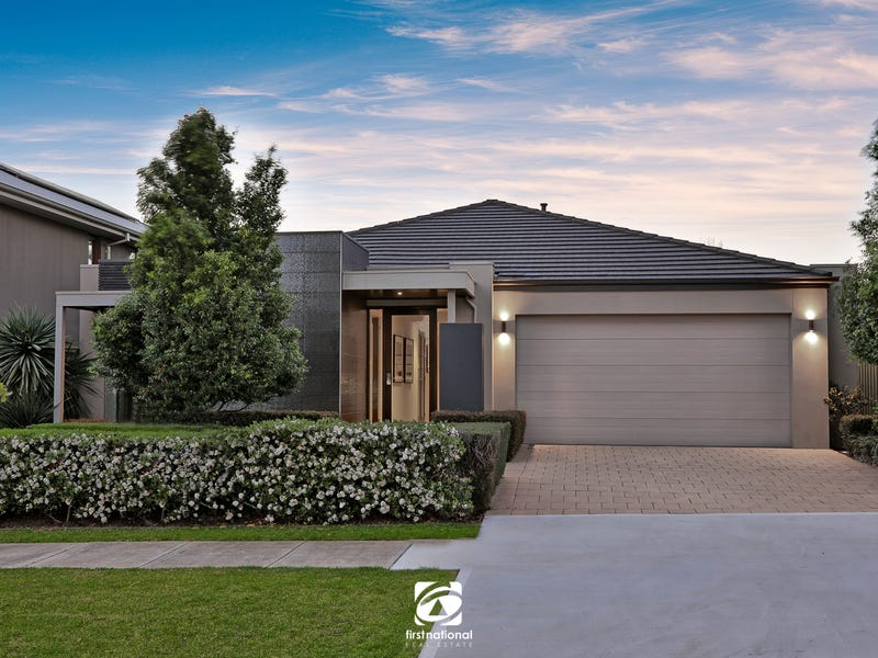 4 Halifax Way, Gledswood Hills, NSW 2557