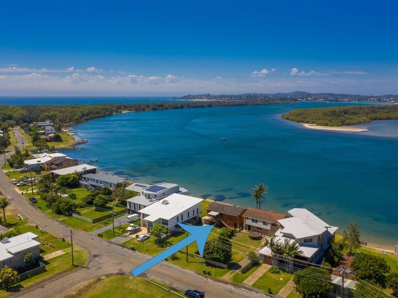 8 North Shore Drive, Port Macquarie, NSW 2444
