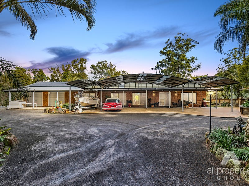 109-113 Crest Road, Greenbank, Qld 4124