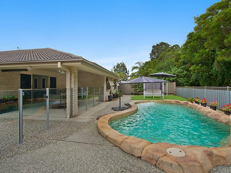 24 Traminer Court, Tweed Heads South, NSW 2486