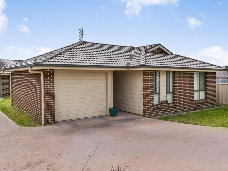 71 & 71A Sophia Road, Worrigee, NSW 2540