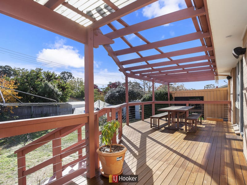 5 Weigall Place, MacGregor, ACT 2615
