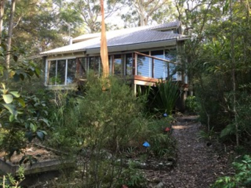 137 Riverview Ave, Dangar Island, NSW 2083