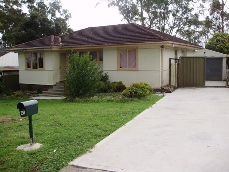 41 Guernsey St, Busby, NSW 2168