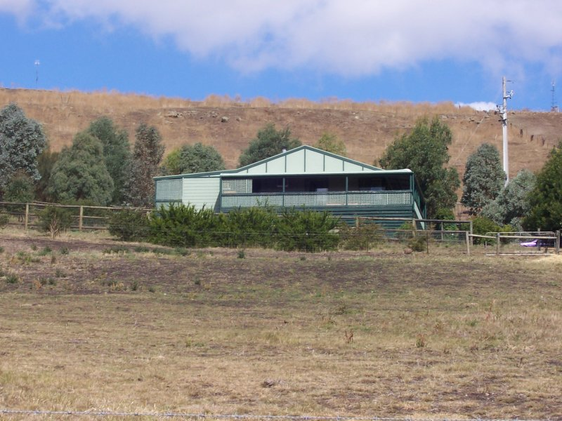 792 BALLAN MEREDITH ROAD, Morrisons, Vic 3334