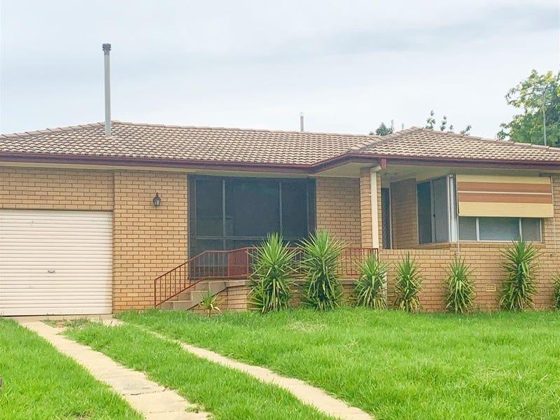37 Kibbler Street, Cowra, NSW 2794