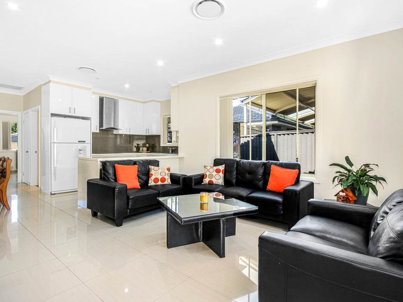 15a Knowles Place, Bossley Park, NSW 2176