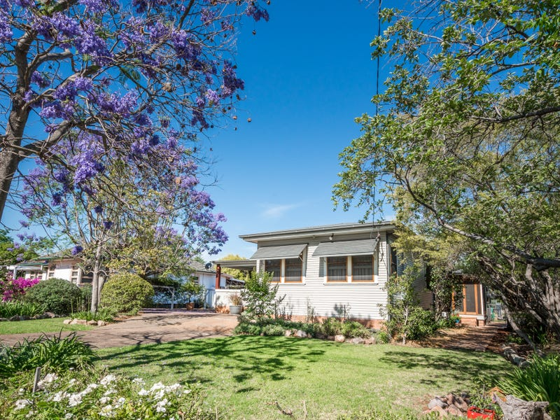 68 Oxford Road, Scone, NSW 2337