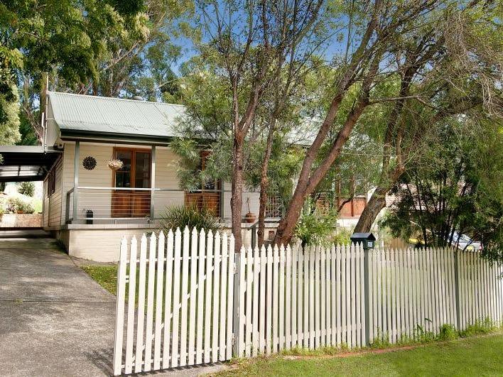 30 Foster Street, Helensburgh, NSW 2508