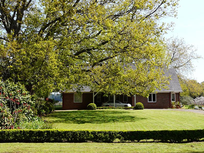 60 Aitken Road, Wandin East, Vic 3139