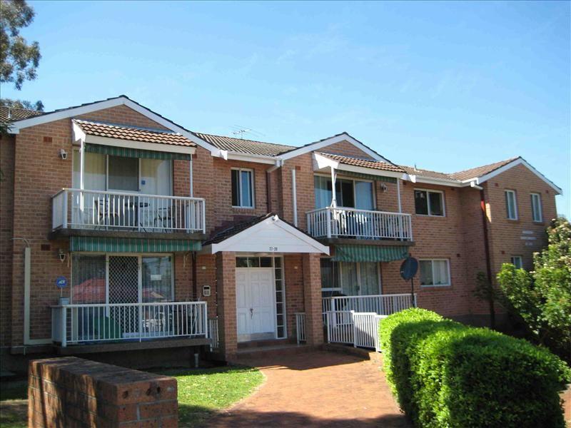 8/27-29 Windsor Rd, Merrylands, NSW 2160