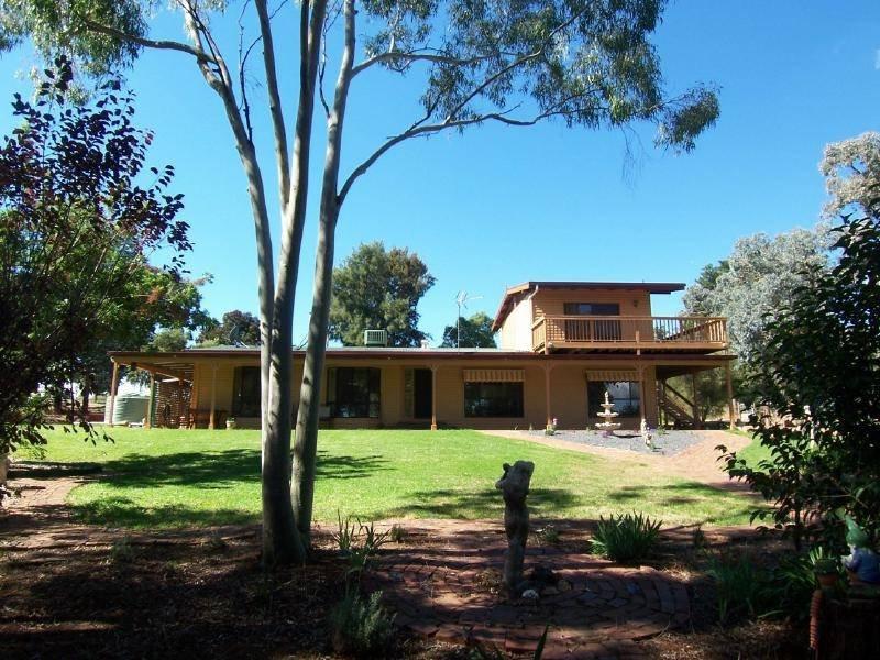 356 BARTLEY STREET, Cootamundra, NSW 2590