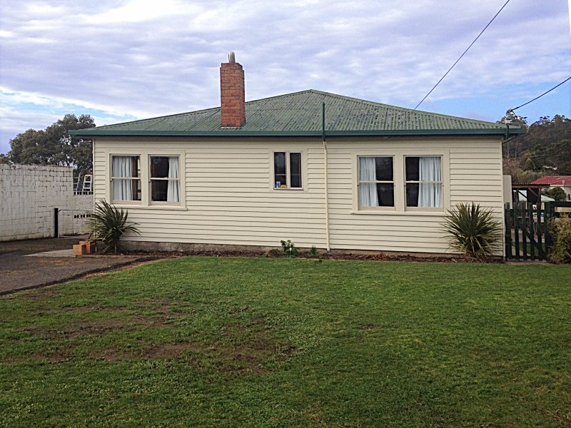 10 Gravelly Beach Road, Blackwall, Tas 7275