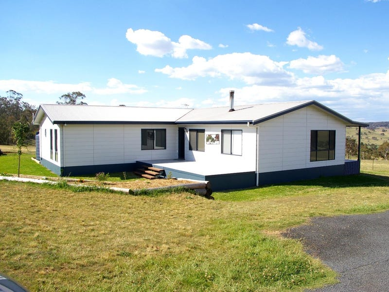 161 Oxley Drive, Walcha, NSW 2354