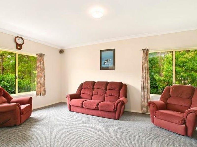 8 Bottlebrush Grove, Caves Beach, NSW 2281