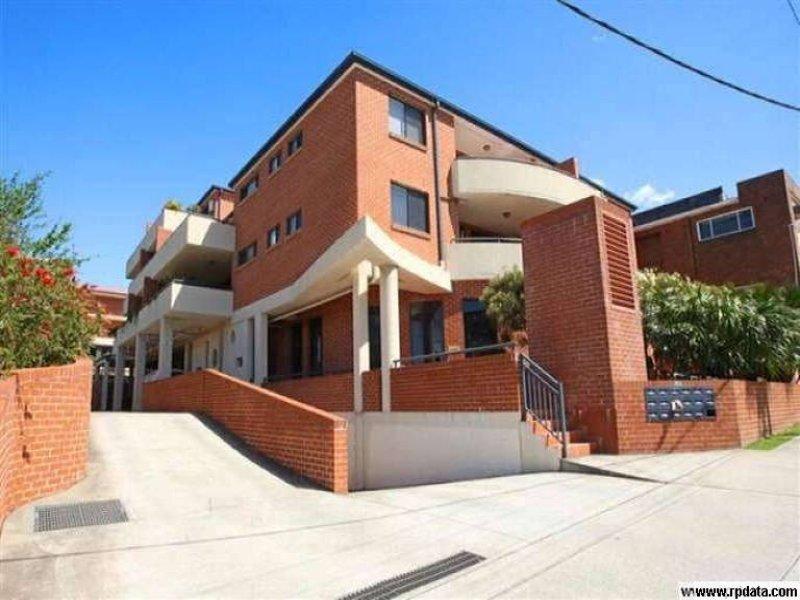 13/37 Charlotte Street, Clemton Park, NSW 2206