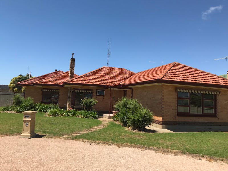 170 Bay Road, Moonta Bay, SA 5558