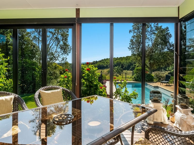 17 Carabeen Place, McLeans Ridges, NSW 2480