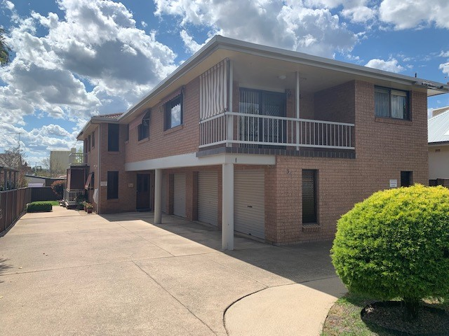 3/35 Gipps Street, West Tamworth, NSW 2340