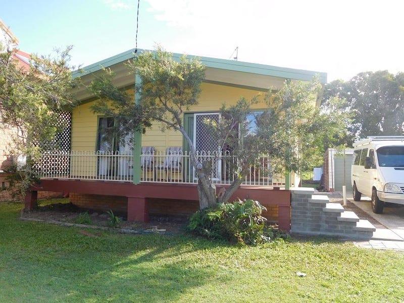 18 Ironbark Avenue, Sandy Beach, NSW 2456